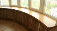деревянный подоконник для балкона