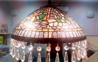 напольный светильник с витражом Тиффани