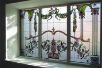 окно с витражом Тиффани