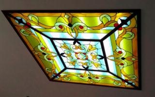 потолочный квадратный светильник с витражом Тиффани