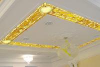 стеклянный витраж на потолке
