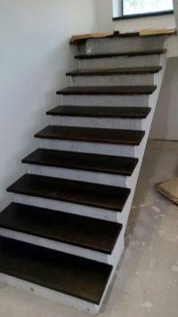 ступени для лестницы из массива дуба