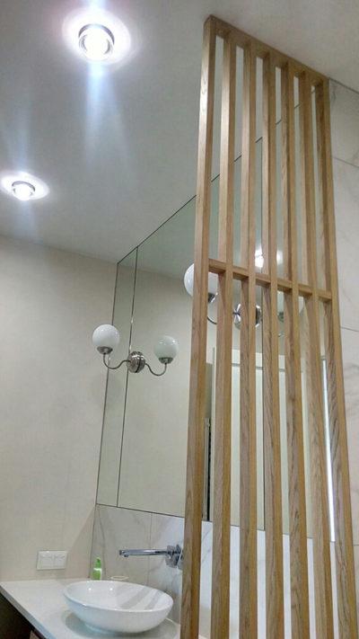 деревянная перегородка для ванной комнаты