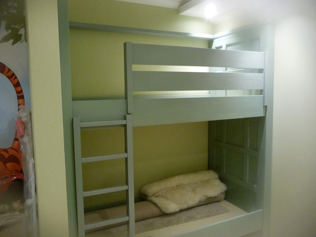 Мебель для детской из массива бука